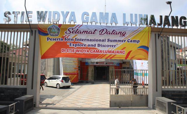 Mahasiswa Manca Negara Ikuti Summer Camp STIE Widya Gama Lumajang