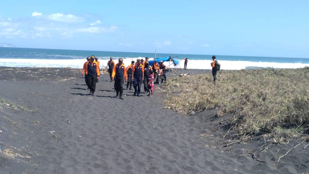 Seminggu Hilang di Pantai Meleman, Pencarian Nelayan asal Jember Dihentikan