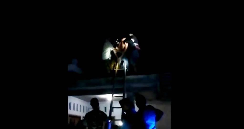 Tim Cobra Ciduk Fathur di Atap Rumah Usai Curi Motor