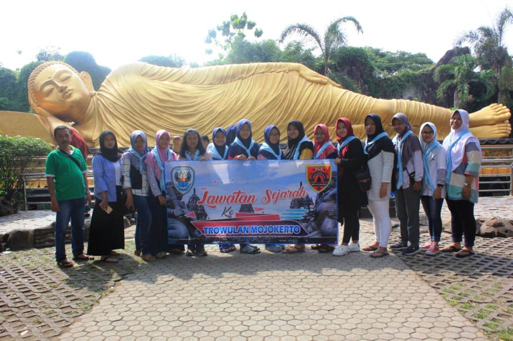 Pelajari Sejarah Majapahit, SCS Smaga Lumajang Kunjungi Situs Trowula