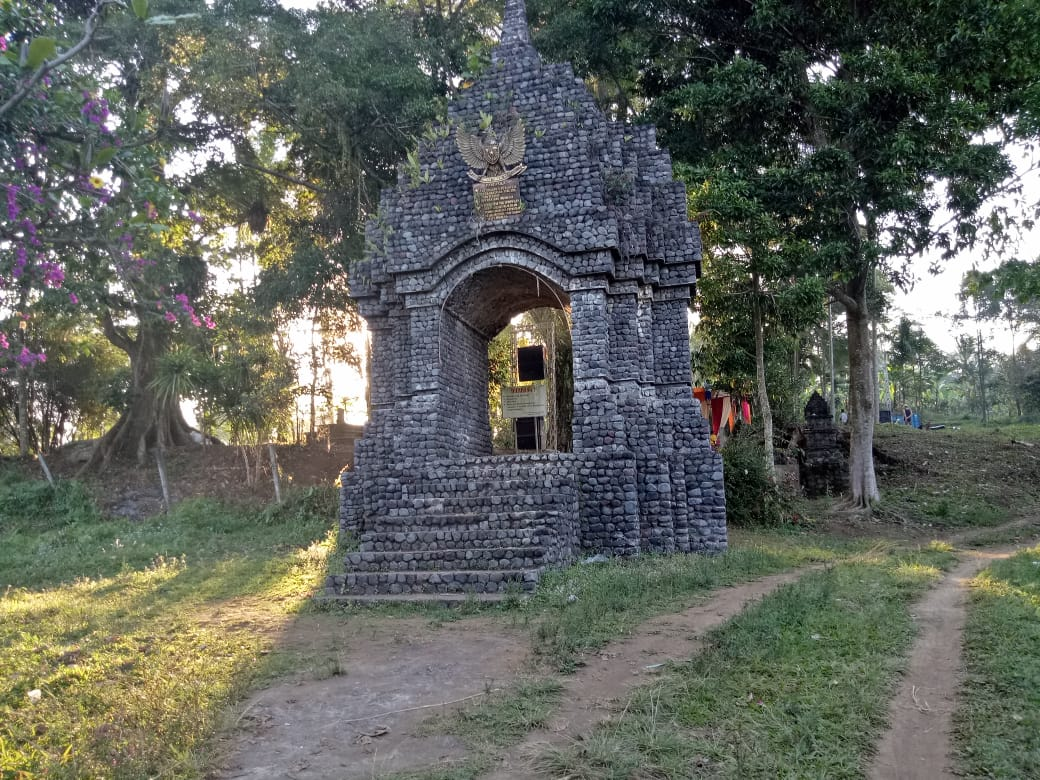 Situs Selogending Peninggalan Desa Tertua di Lumajang