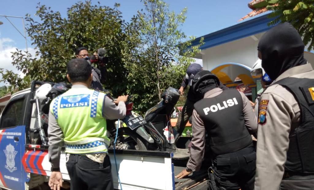 Tim Cobra Lumajang Razia Sepeda Bodong di Sumberpetung Ranuyoso