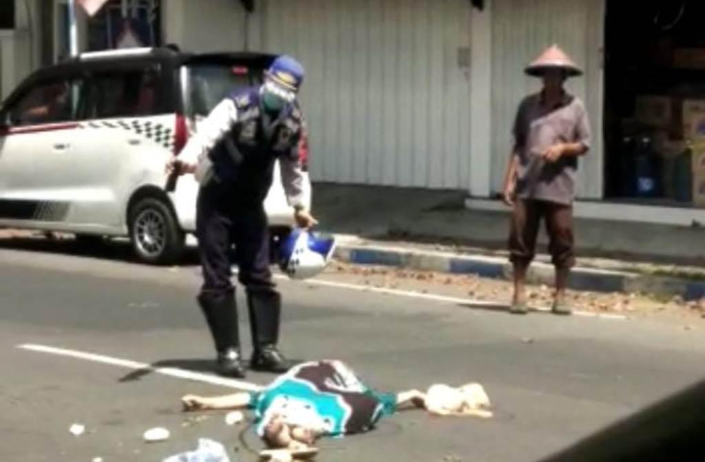 Tabrak Lari di Jalan Minak Koncar Lumajang Korban Meninggal Ditempat