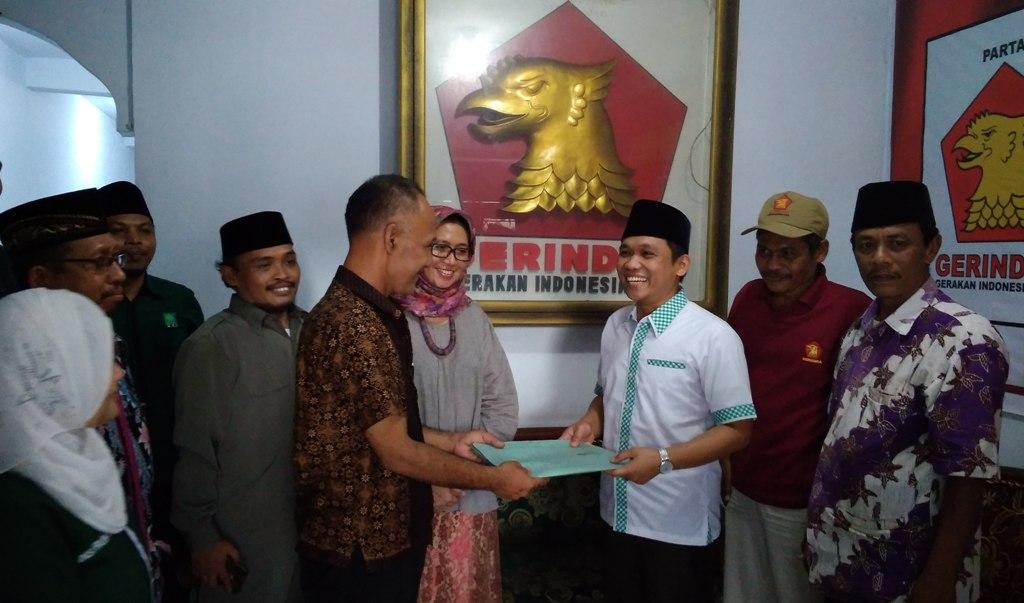 Cak Thoriq Kembalikan Berkas pendaftaran Bacabup Lumajang ke DPC Gerindra